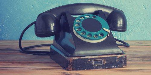 tm-olddeskphone